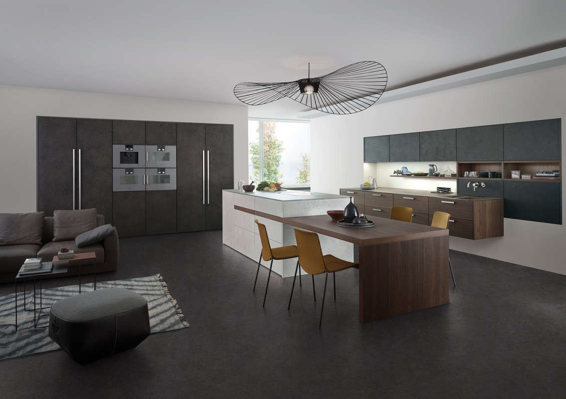 Design keuken met elegante donkere kleurnuances