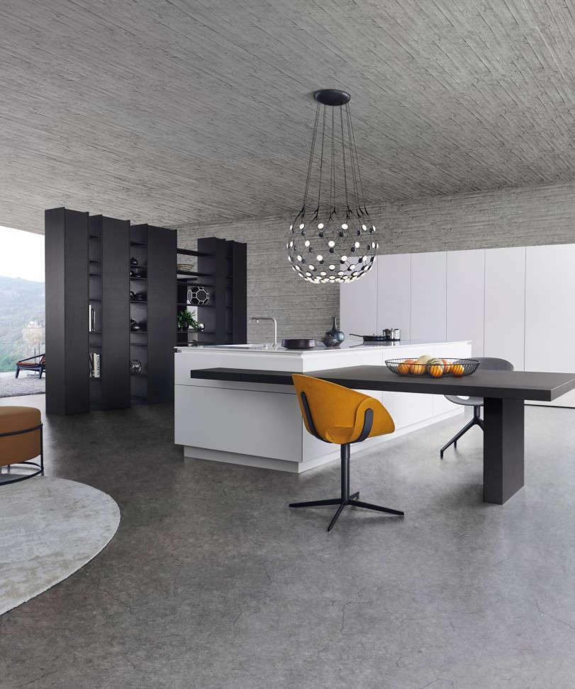 Design keuken in harmonisch zwart/ wit