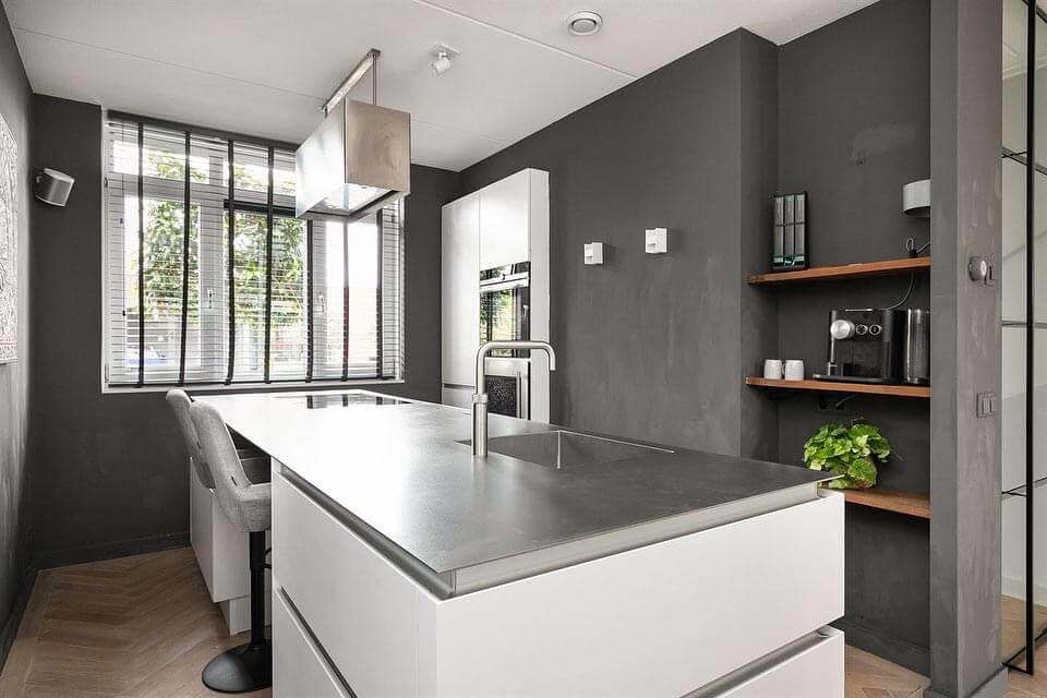 Chique designkeuken in de nieuwbouwwoning van Kimberley en Martijn